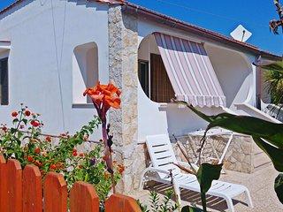VILLINI R. DISANTI VIESTE - Villino n°3 - Vieste vacation rentals