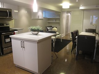BEAUTIFULLY RENOVATED BASEMENT UNIT IN THE UPPER BEACHES!! - Toronto vacation rentals