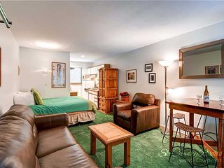 Park Meadows Lodge 7B by Ski Country Resorts - Breckenridge vacation rentals