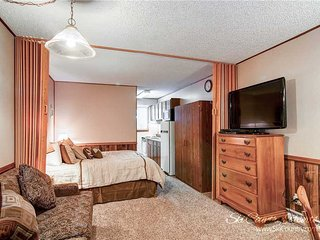 Park Meadows Lodge 7D by Ski Country Resorts - Breckenridge vacation rentals