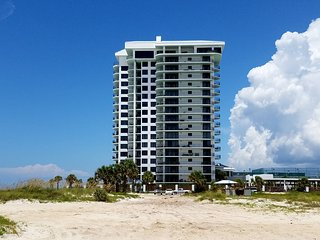 Watercrest Upgrades amazing upgrades inside and out Beautiful end unit with wrap - Thomas Drive vacation rentals