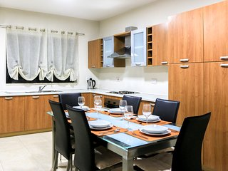 Entire Place in Gzira - Modern Two Bedroom Apartment - Il Gzira vacation rentals