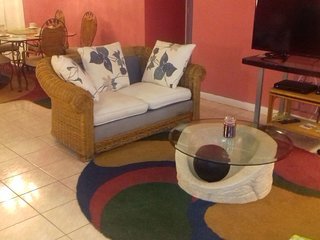 Nice House with Internet Access and A/C - Lauderdale Lakes vacation rentals