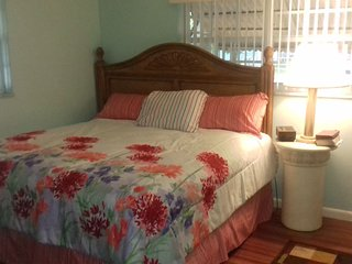 1 bedroom Bed and Breakfast with Internet Access in Lauderdale Lakes - Lauderdale Lakes vacation rentals
