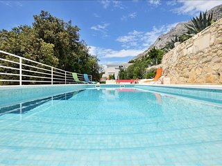 Exclusive villa with swimming pool - Mimice vacation rentals