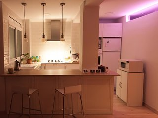 Cozy loft apartment near downtown - 2 bedrooms - WiFi included - Valencia vacation rentals