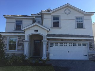 LUXURY BRAND NEW HUGE HOUSE POOL/SPA CHAMPIONSGATE RESORT 9 BEDROOMS - Davenport vacation rentals