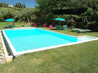 LOVELY BARN UP TO 9 WITH WIFI, AC AND PRIVATE POOL - Lucca vacation rentals