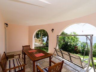Apartments Plavac Mali- Superior One Bedroom Apartment with Terrace and Sea View - Potomje vacation rentals