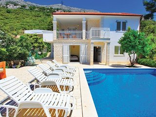 5 bedroom Villa in Peljesac-Perna, Peljesac Peninsula, Croatia : ref 2219870 - Kuciste vacation rentals