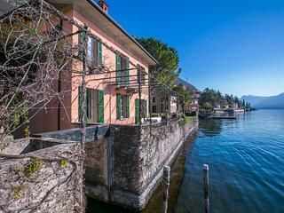 Bright 4 bedroom Vacation Rental in Fiumelatte - Fiumelatte vacation rentals