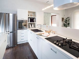 Bright 7 bedroom Vacation Rental in Siracusa - Siracusa vacation rentals