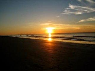 Ocean Dunes Villa 206 - 1 Bedroom 1 Bathroom Oceanfront Deluxe Flat - Hilton Head vacation rentals