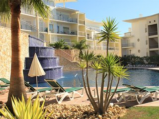 Luxury 2Bedroom Old Town Seaview Apartment , A/C, WiFi, Swimming Pool - Albufeira vacation rentals