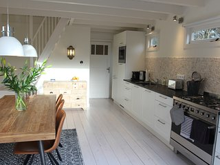 Beautiful 2 bedroom Cottage in Schoorl - Schoorl vacation rentals