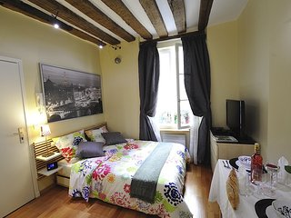 A1DG Home Sweet home - Paris vacation rentals