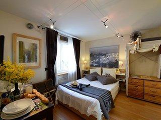 A4DG Downtown - Paris vacation rentals