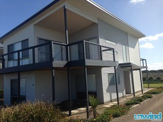 SA Holiday House:  'Happy House' - Middleton - Middleton vacation rentals