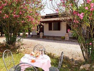 Bilocale PANACEA - Fertilia vacation rentals