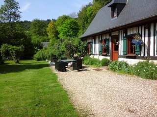 Bright 4 bedroom Caudebec-en-Caux House with Television - Caudebec-en-Caux vacation rentals