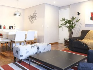 Colorful & Spacious 3 Bedroom Apartment in Brooklin - Sao Paulo vacation rentals