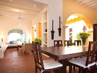 Stunning   6 bedroom House in  Old Town - Cartagena vacation rentals