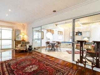 Elegant 3 Bedroom Apartment in Vila Nova Conceição - Sao Paulo vacation rentals