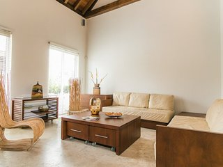 Modern 1 Bedroom with Pool in Old Town - Cartagena vacation rentals