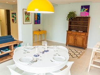 Colorful 2 Bedroom Apartment Nestled in  the heart of Campeche - Florianopolis vacation rentals