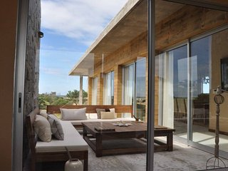 Beautiful 4 Bedroom House Located in Jose Ignacio - Manantiales vacation rentals