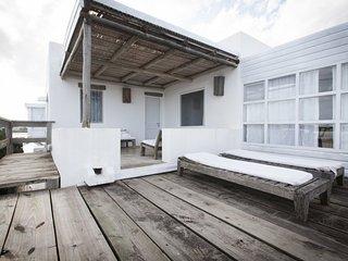 Bright 2 Bedroom Apartment in La Barra - Punta del Este vacation rentals