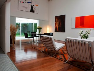 Unique 2 Bedroom Home in Jardins - Sao Paulo vacation rentals