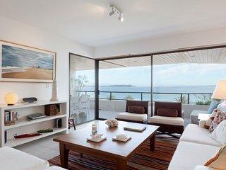 Tranquil Seaside 3 Bedroom Apartment in La Punta - Punta del Este vacation rentals