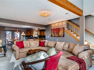 Stunning and Inviting home, private hot tub, with spa style master in the woods - Silverthorne vacation rentals