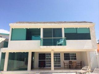 Beautiful 3 bedroom Progreso House with Internet Access - Progreso vacation rentals