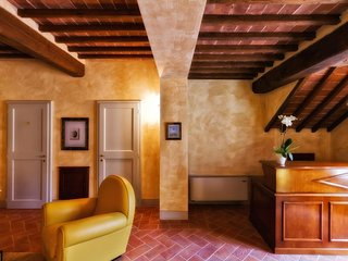Large Chianti Classico Villa with Swimming Pool and Spa near Siena - Villa - Castelnuovo Berardenga vacation rentals