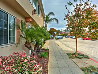 Diamond in La Jolla Village - Apartment w/Garage. - La Jolla vacation rentals