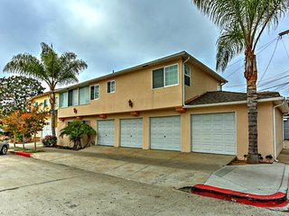 Blue Topaz - in heart of Village - walk to shops - La Jolla vacation rentals