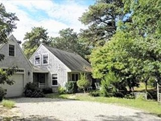 Gorgeous House with Deck and Television - Wellfleet vacation rentals