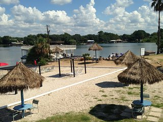 Marble Falls,TX, Lake LBJ Gem, Tropical Hideaway Condo #121 - Granite Shoals vacation rentals