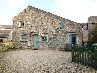 LADY BARN beautiful stone barn conversion, woodburning stove, pet-friendly, Grange-over-Sands, Ref 950340 - Grange-over-Sands vacation rentals