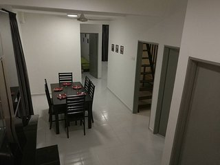 3 bedroom House with Internet Access in Ayer Keroh - Ayer Keroh vacation rentals