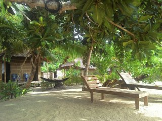 Beautiful 2 bedroom Raja Ampat Beach hut with Housekeeping Included - Raja Ampat vacation rentals