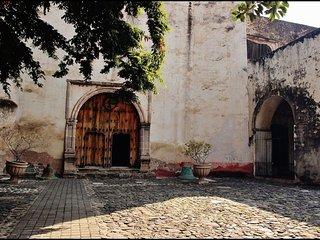 Gran Casa en Cocoyoc (alberca, campo de golf)! - Oaxtepec vacation rentals