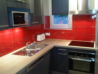 Superbe appartement T3 Luz Saint Sauveur - Esquieze-Sere vacation rentals