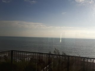 Beach Front Apartment with panoramic sea views - Aldwick vacation rentals