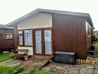 Spacious Self Catering Detached two bedroom Chalet - Mablethorpe vacation rentals