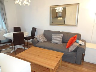 Beautiful 3 Room Flat in Stettenhofen (Augsburg) - Langweid am Lech vacation rentals