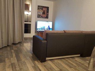 4 bedroom Condo with Internet Access in Corbeil-Essonnes - Corbeil-Essonnes vacation rentals