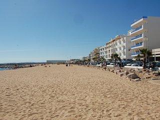 Praça do Mar - frontline beach - Quarteira vacation rentals